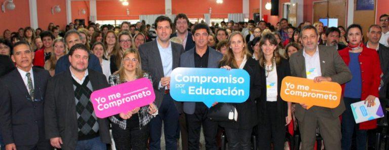 Primer Diálogo: Compromiso por la Educación