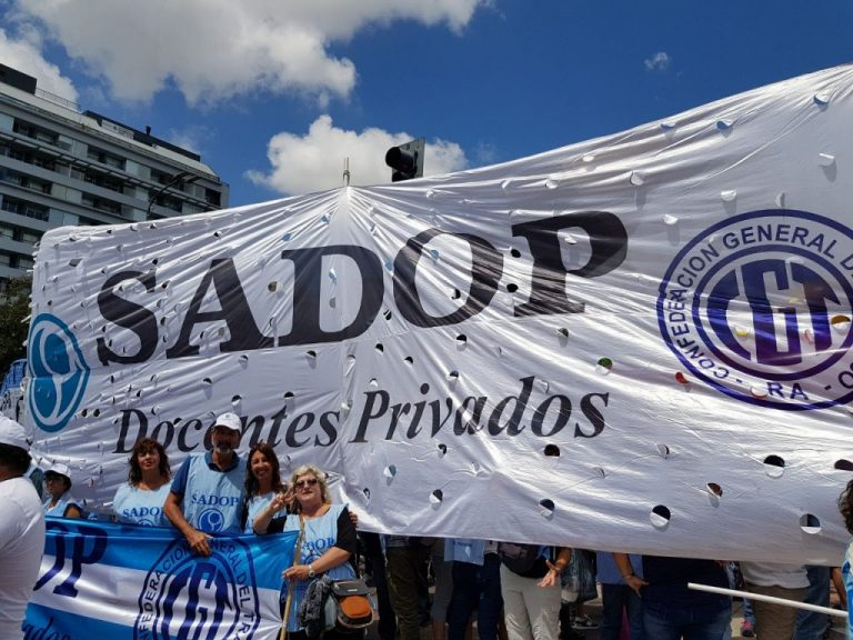 SADOP Entre Ríos se movilizó por paritarias libres y el fin del ajuste
