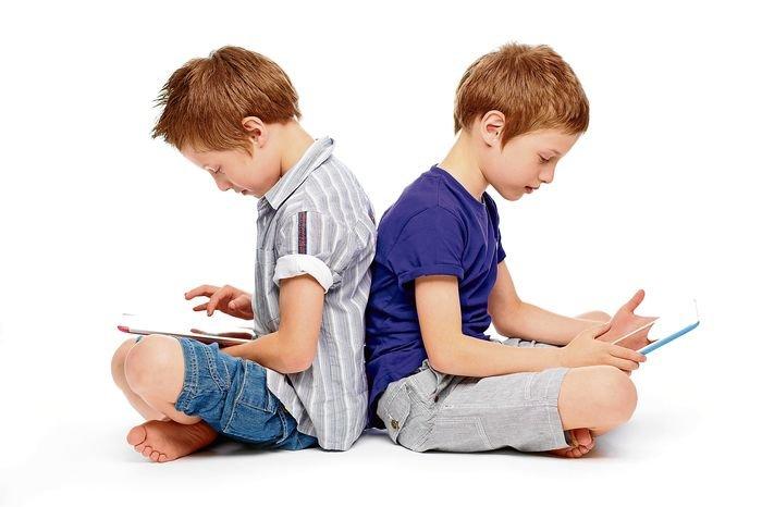 Las nuevas infancias y adolescencias en el contexto de las relaciones on line