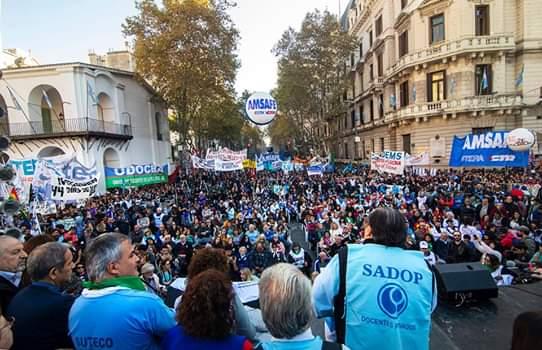 SADOP repudia proyecto que delimita el derecho a huelga