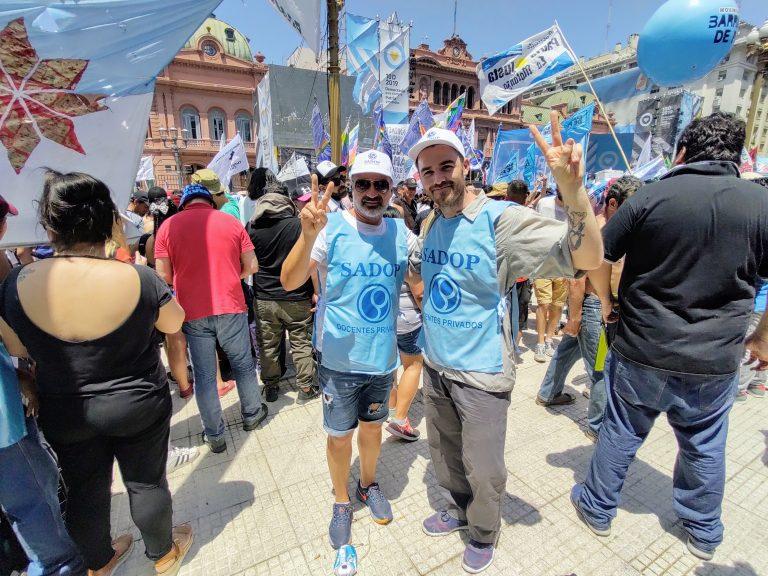 SADOP Entre Ríos se hizo presente en Plaza de Mayo