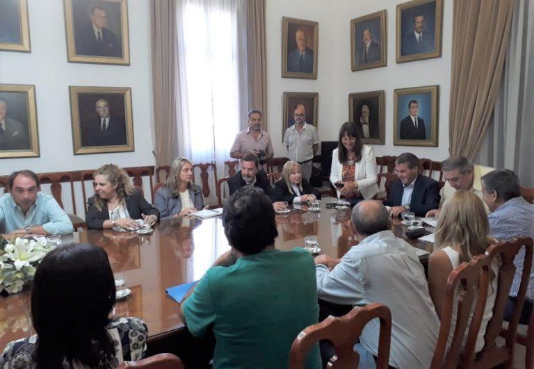 Primera reunión de Paritarias Provinciales 2020